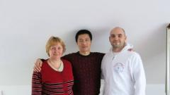 Xi Xiaofeng mester, Priol Ágnes és Dankó Ferenc, Debrecen, 2014. április