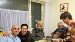 Xi Xiaofeng mesterrel a Dankó családnál, Debrecen, 2014. április